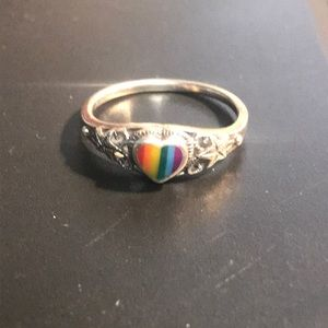 Size 8.25 rainbow heart sterling ring w/starfish